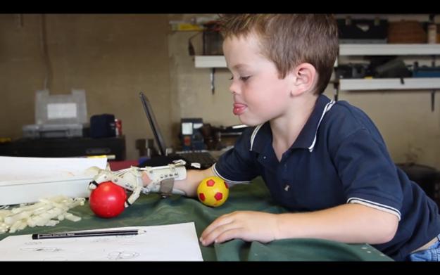 Robohand - MakerBot