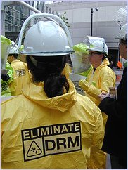 Eliminate DRM - semaphore_ - Flickr - CC-BY