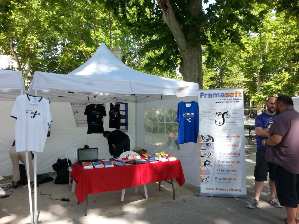 Stand Framsoft au RMLL 2015 de Montpellier