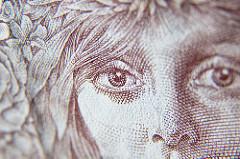 eye-banknote