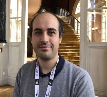 portrait d'Alexandre Lissy ingénieur chez Mozilla
